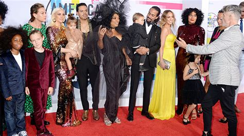 tracee ellis ross ama youtube diana ross tracee ellis ross at 2017 amas their family