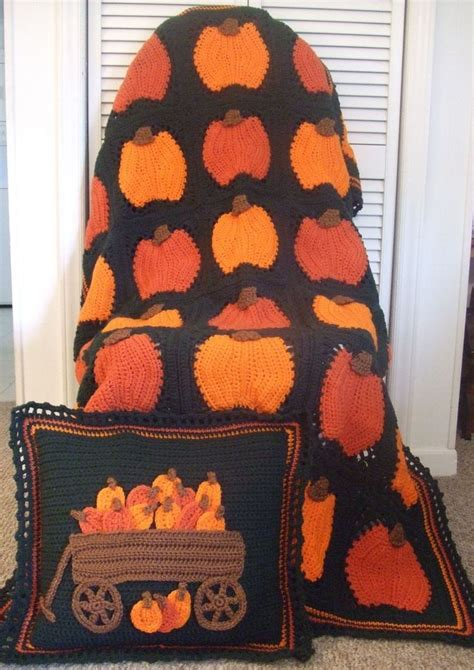 Pumpkin Pillow Pattern by Crochet Pattern Pumpkins Galore Afghan And Pillow Pdf