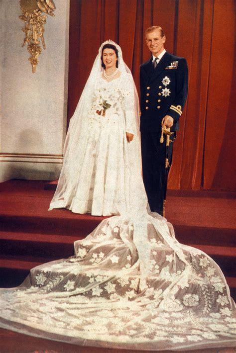 hochzeitskleid queen elizabeth zwischen seide und satin die sch 246 nsten brautkleider der