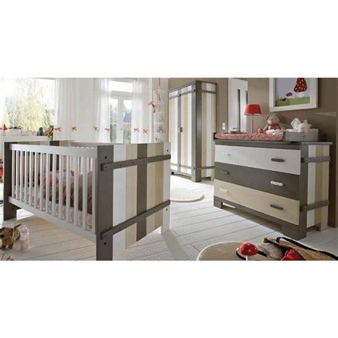 armadi per camerette neonati cameretta per neonati ibbo in legno composta da