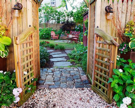 Bloomingflowers by The Beauty Of The Garden Path 112 Exciting Design Ideas
