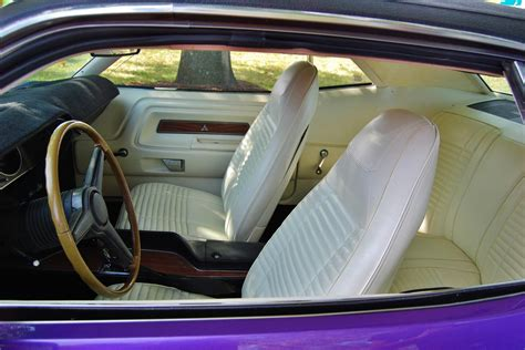 motor vehicle upholstery repairs soft top replacement coburg north coburg pascoe vale