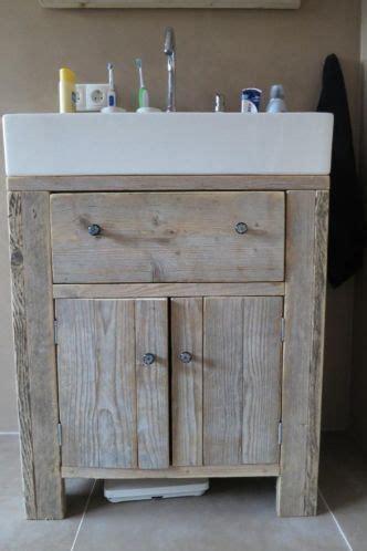 badkamerkast boven wastafel 17 beste idee 235 n over onder wastafels op pinterest onder
