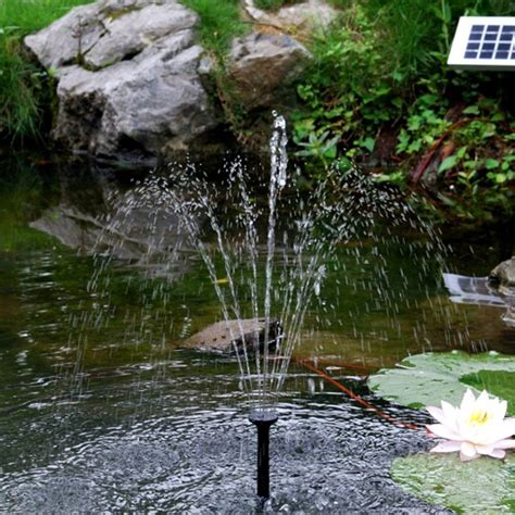 how does a solar powered fountain work