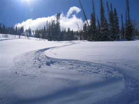 perisher ski resort seasonal workers hudson bay mountain seasonal workers guide