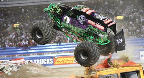 monster trucks show 2015 monster jam returns to pittsburgh s consol energy center