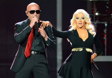 download mp3 feel this moment pitbull christina aguilera pitbull and christina aguilera perform feel this moment