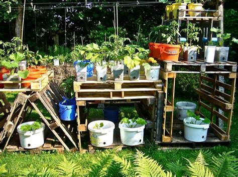 Wood Pallet Garden Ideas 5 Diy Garden Ideas For Wood Pallets The Garden Glove