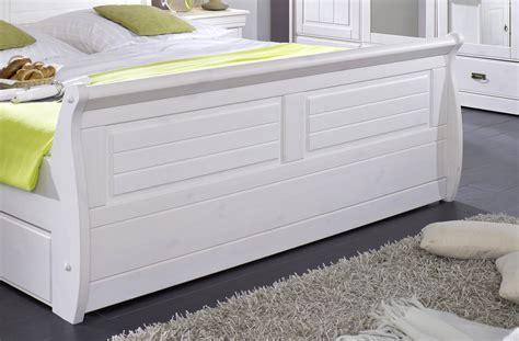bett mit schubladen 180x200 weiß wohnzimmer lila ideen
