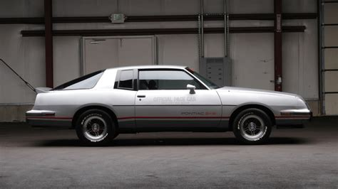 Cars Of The 80 S by 8 Best Cars Of The 80s