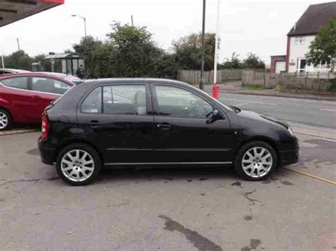 skoda fabia vrs diesel skoda fabia vrs 2004 diesel manual in black car for sale