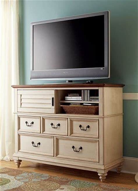 entertainment media southport media chest distressed