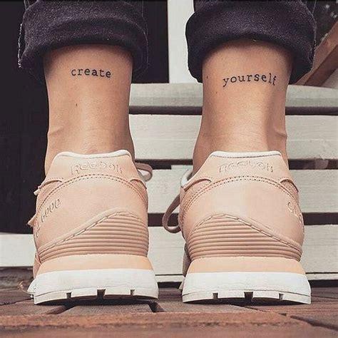 imagenes de piernas locas klein las 25 mejores ideas sobre tatuajes peque 241 os en pinterest