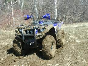 Atvs mudding yamaha grizzly 660 mudded