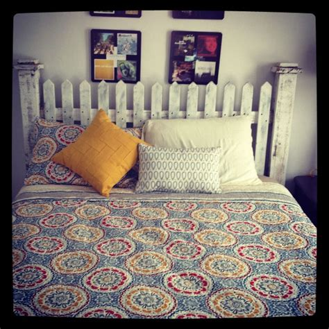 Picket Fence Headboard Picket Fence Headboard Quilt Bedspread I My Bed Wood Projects Pinterest On The Side
