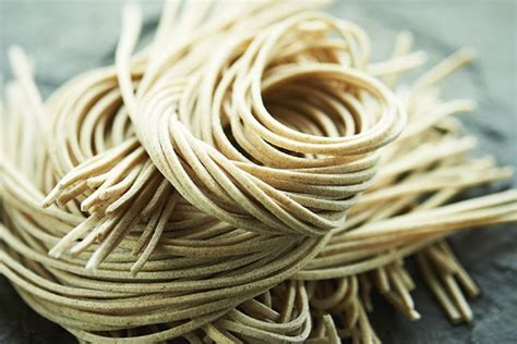 whole grain japanese noodles different types of asian noodles and how to cook each