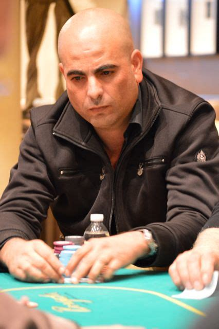 roeien in new york paz scores double knockout deep stacks poker challenge