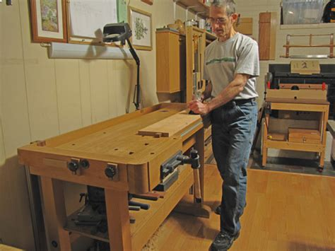 proper bench fingers woodworking