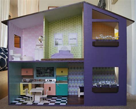 haus selber streichen puppenhaus selber bauen und spielecke im kinderzimmer