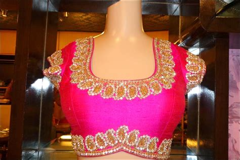 Simple Bordir Blouse maggam work blouse designs 21 work blouses