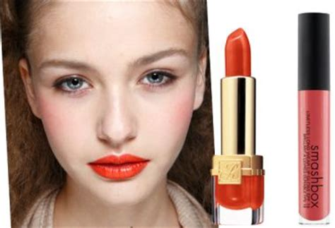 what color lipstick does jenner wear what color lip stick does shikira wear on the voice 2013