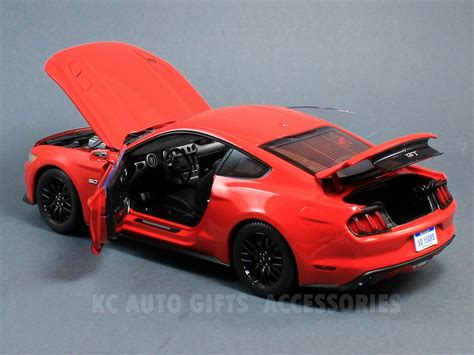 Ford Mustang 2015 Auto World by 2015 Maisto Diecast Mustang Html Autos Post
