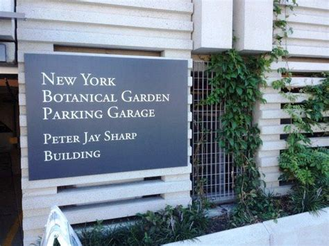 Photo Gallery Steel Fence Gates Aluminum Fence Gates New York Botanical Garden Parking