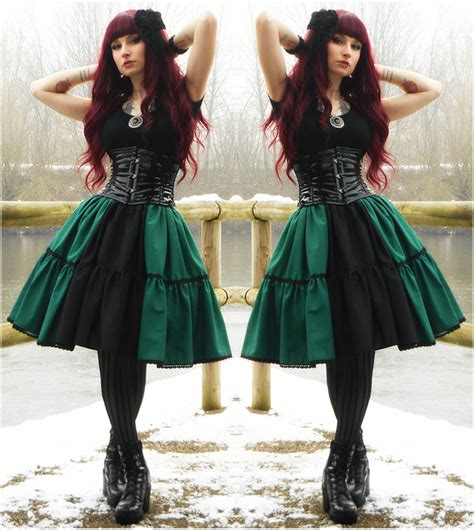 easy diy gothic gifts rabbit handmade green black skirt draculaclothing black lack corset gift