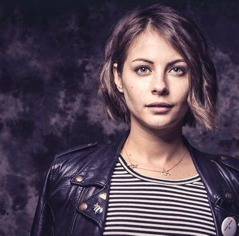 willa holland hair style in arrow 207 best images about hair on pinterest cool skin tone