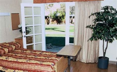 cedar crest nursing and rehabilitation center in sunnyvale