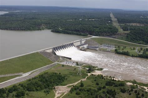 lake conroe boat hire corps fights flooding in oklahoma texas gt tulsa district