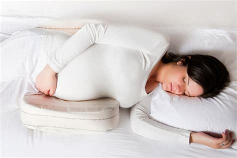 Best Maternity Pillow by Best Maternity Pillows And Pregnancy Pillows