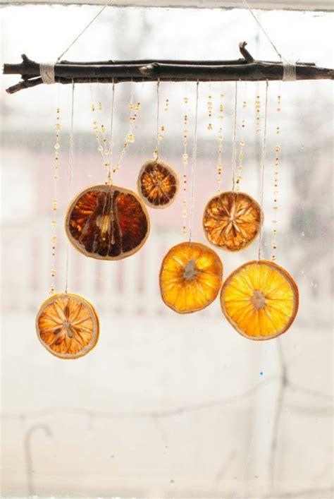 Fensterdeko Weihnachten Girlande by Weihnachtsschmuck Basteln Kreative Bastelideen Mit Orangen
