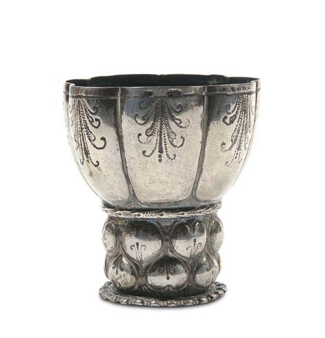 bicchieri argento bicchiere in argento sbalzato e cesellato germania xvii