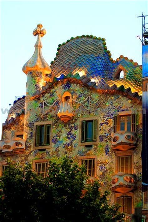 gaudi house barcelona housing medley dusky s wonders