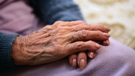 sectioning dementia patients painkillers may aid dementia care channel 4 news