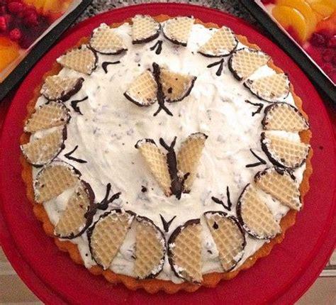 schaumkuss kuchen k 246 stliche schaumkuss torte biskuit mit sahne quark