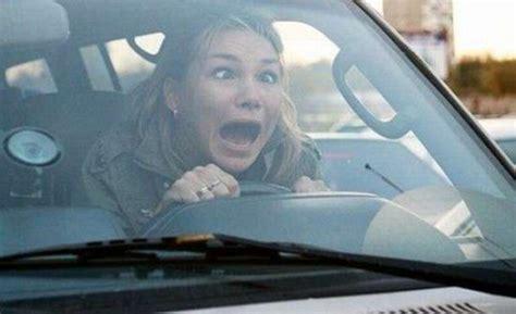 donne al volante pericolo costante donna al volante pericolo costante alessandria oggi
