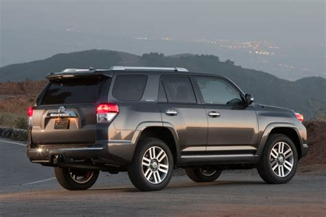 Toyota 4runner Mpg 2012 Toyota 4runner Reviews Specs And Prices Cars