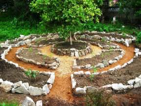 permaculture garden greenmylife anyone can garden