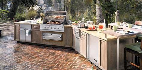 beautiful outdoor kitchens 10 beautiful outdoor kitchen ideas rilane