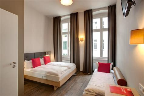 cheap rooms berlin meininger berlin mitte humboldthaus in berlin germany find cheap hostels and rooms at