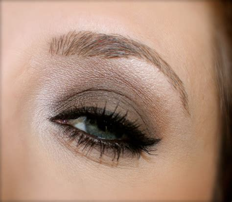 light smokey eye for green light smokey eye makeup for green mugeek vidalondon