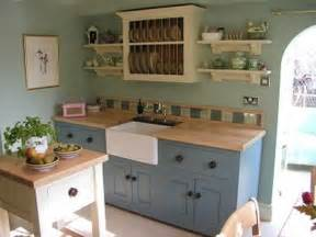 cottage style kitchen cabinets rustic cottage kitchens