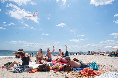 where does a st go best beaches near nyc from south beach to jacob riis park