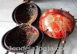 Jual Batok Kelapa Utuh fitinline batik tempurung kelapa