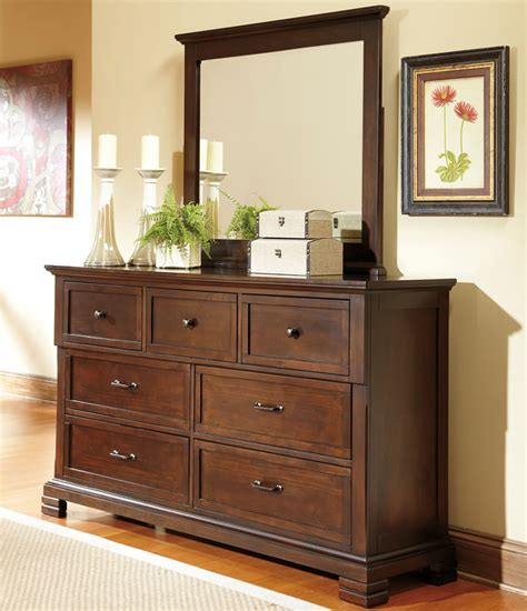 Bedroom Dresser Decoration Ideas bedroom dresser decorating ideas decor ideasdecor ideas