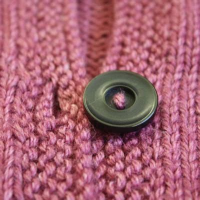 how to make button holes when knitting 34 best images about knitting buttonholes on