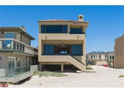 Dave Grohl House by Rocker Dave Grohl Lists Ca Beachfront Place For 3 25