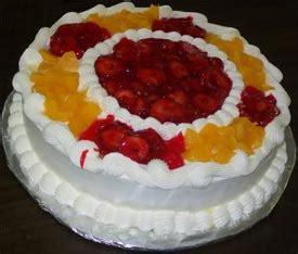 pasteles decorados con chantilly pastel de tres leches decorado con fruta reposteria y